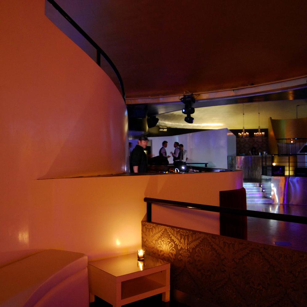 babel-club-09