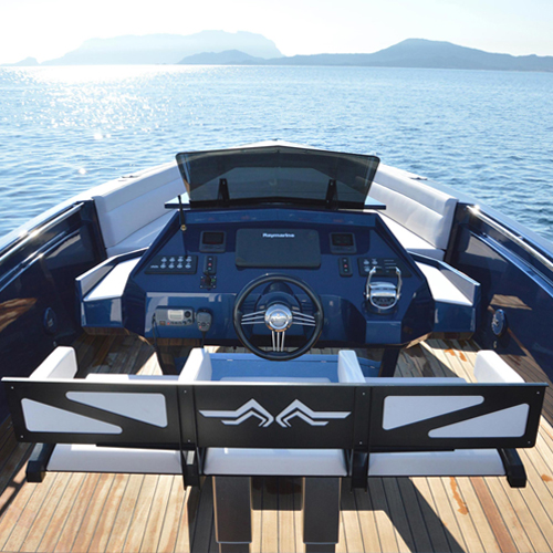 maori-yacht37-02