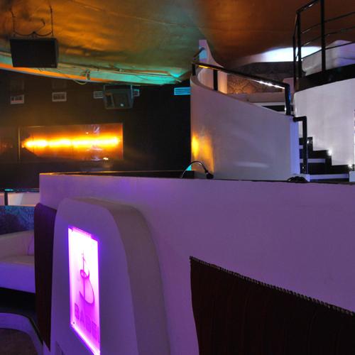 babel-club-05