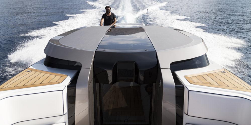 Maori Yacht LIMO